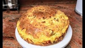 Вита питка с праз и сирене